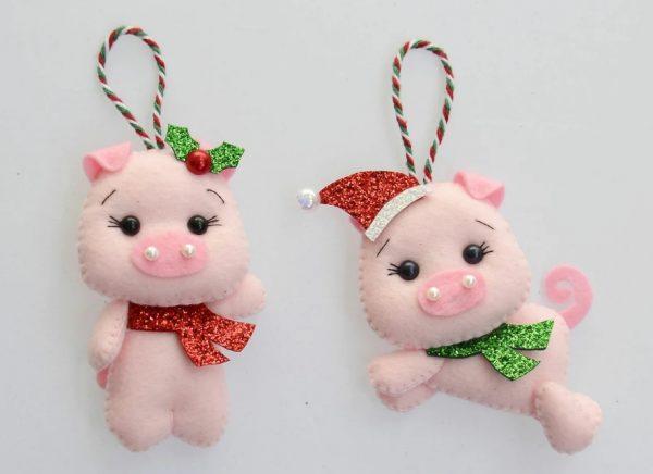 Свинки из фетра