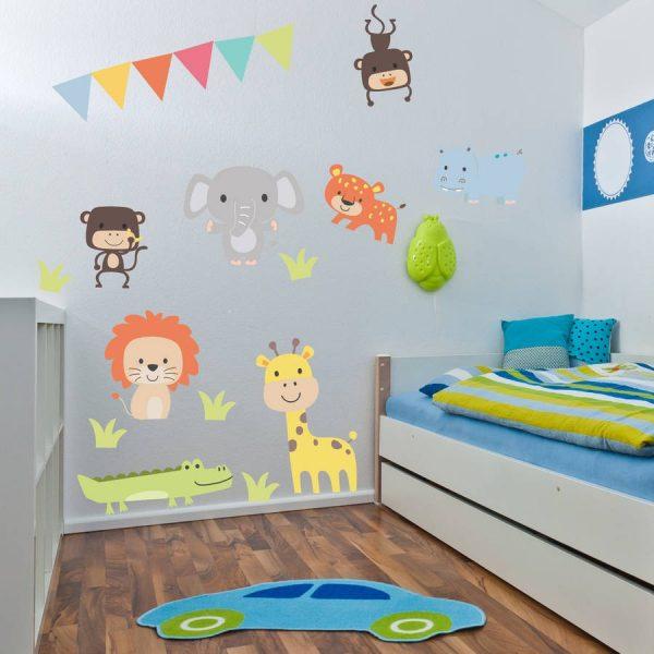 Наклейки в интерьере детской комнаты