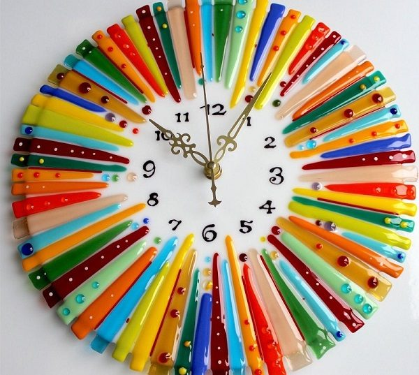 Часы из заколок