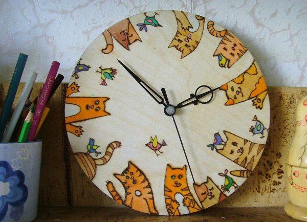 Часы с рисунками