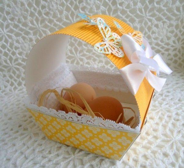 Бумажная корзинка для яиц