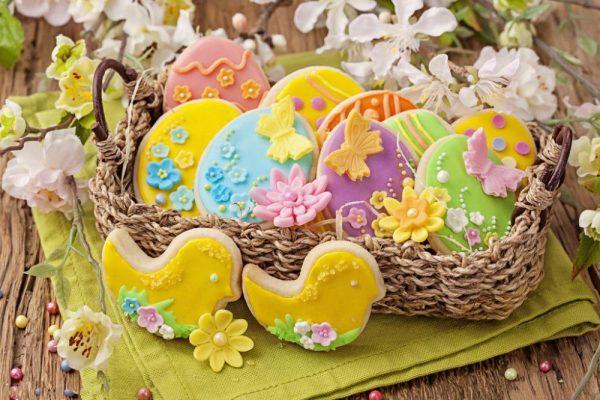 Яркие пасхальные сладости