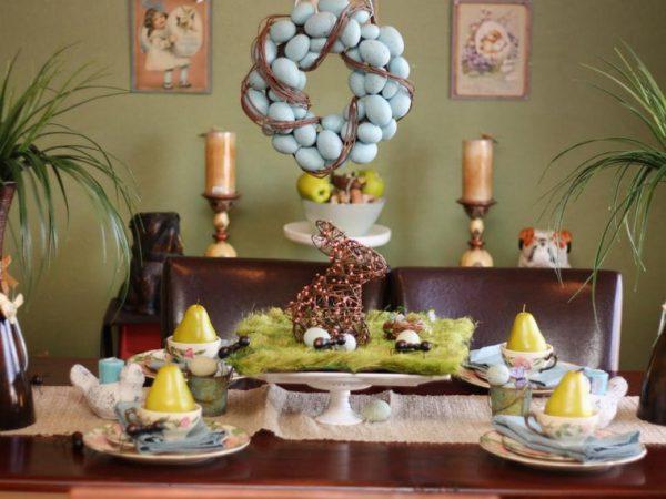 Пасхальная композиция в центре стола