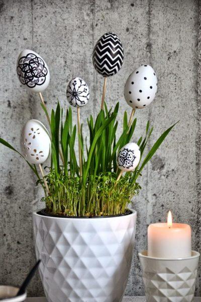 Декоративные палочки в вазе
