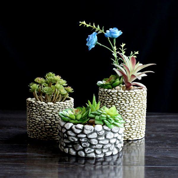 Горшочки для цветов из камушков