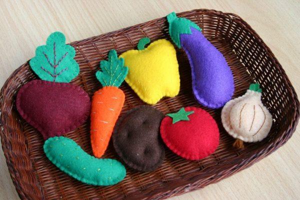 Декоративные овощи из фетра