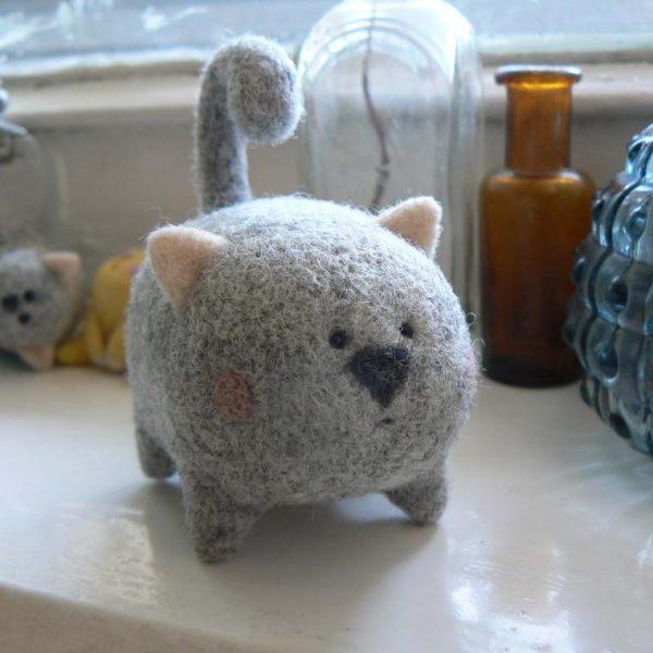 Круглый кот в технике валяния