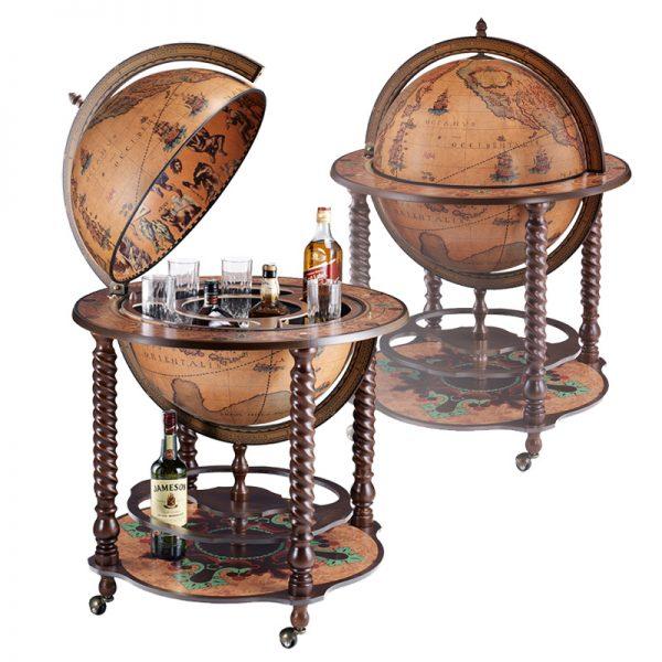 Домашний бар в виде глобуса