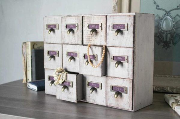 Шкафчики для хранения мелочей