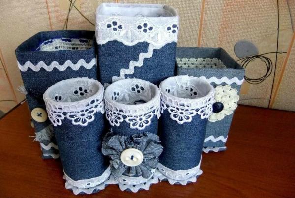 Баночки, декорированные джинсовой тканью