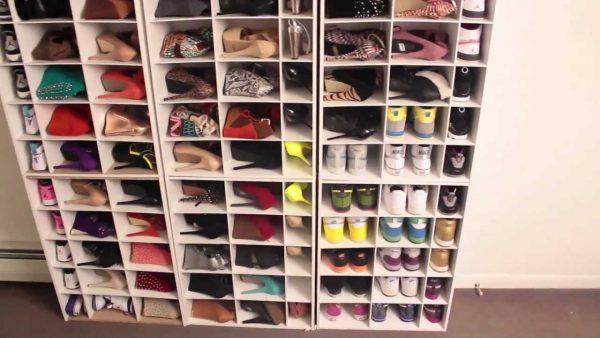 Полки с отсеками для обуви