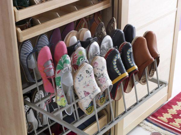 Выдвижные полочки для обуви