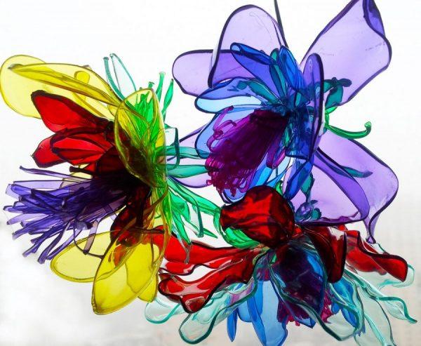 Букет из пластиковых цветов