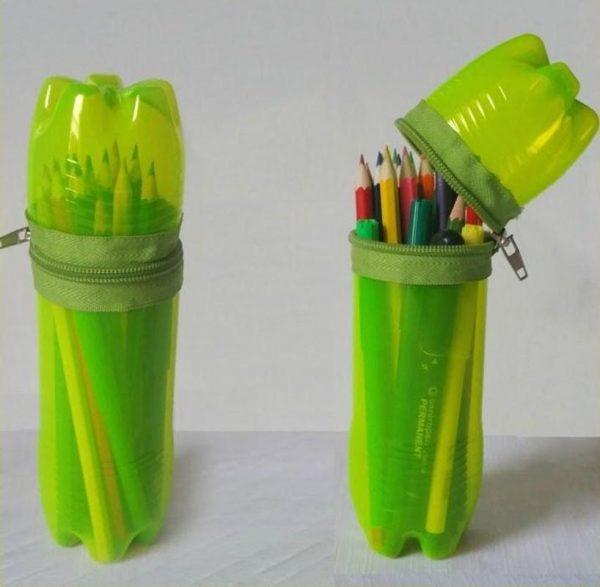 Пластиковый пенал