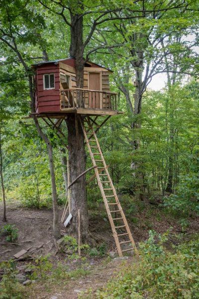 Высокий домик