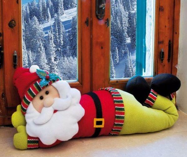 Валик в виде Деда Мороза
