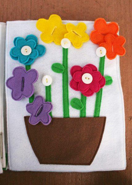 Цветы и пуговицы
