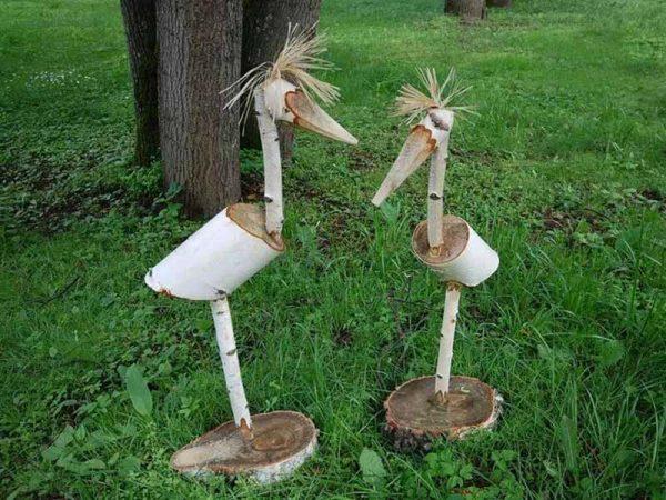 Птицы из поленьев