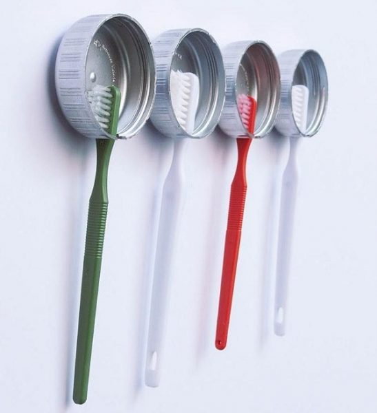 Держатели для зубных щёток
