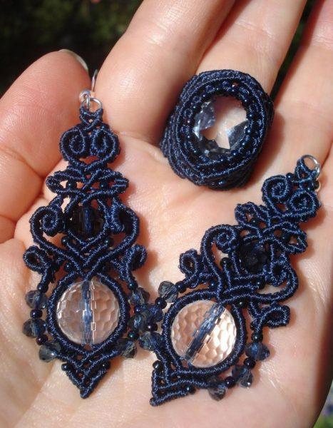 Синие серьги с камнями