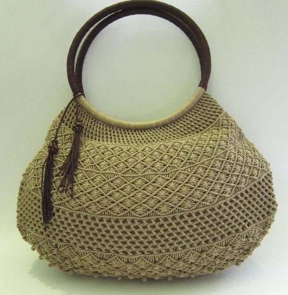 Стильная пузатая сумочка