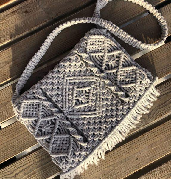 Сумка с крупным плетением
