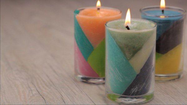 Свечи с полосками под углом