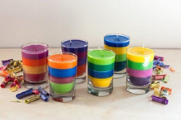 Полосатые свечи в стаканчиках