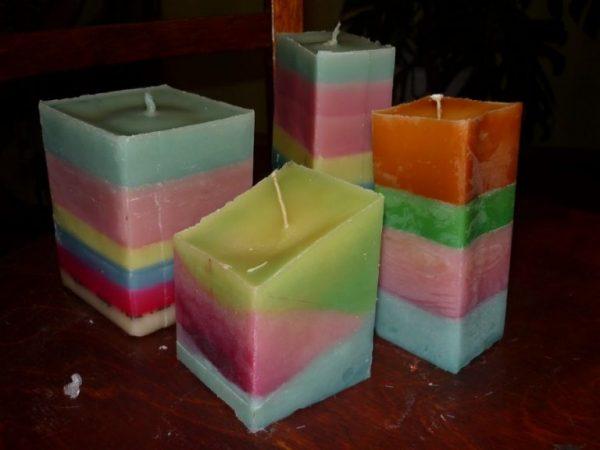 Яркие разноцветные свечи