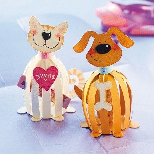 Собака и кошка из бумаги