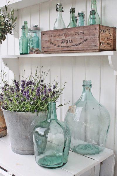 Старое ведро вместо большой вазы