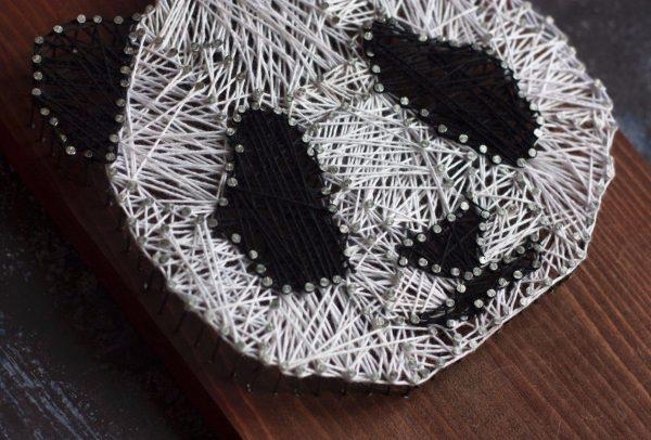Милая панда в технике стринг-арт