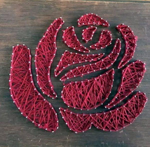 Роза в технике стринг-арт