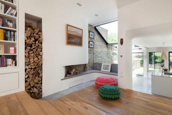 Хранение дров в нише