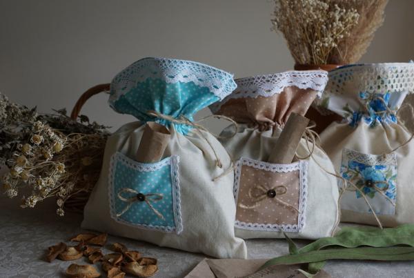 Нарядные мешочки для трав на кухню