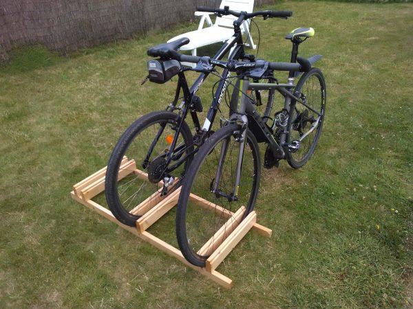 Парковка для велосипедов из досок