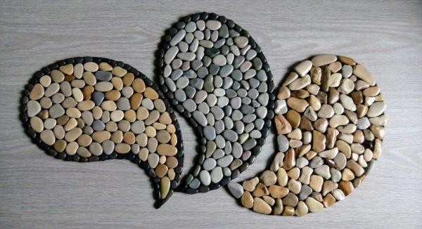 Капельки из камней