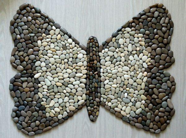 Коврик в виде бабочки