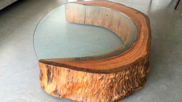 стильная мебель из дерева и стекла