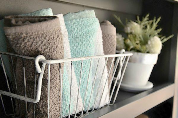Железная корзинка для полотенец