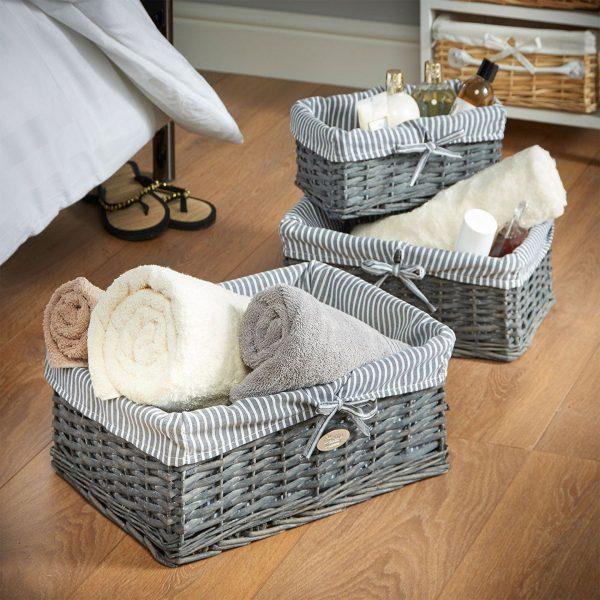 Хранение полотенец в корзинах