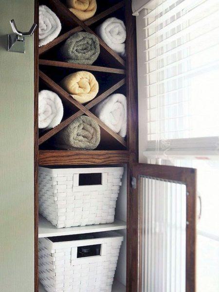 Ниша в стене для хранения полотенец