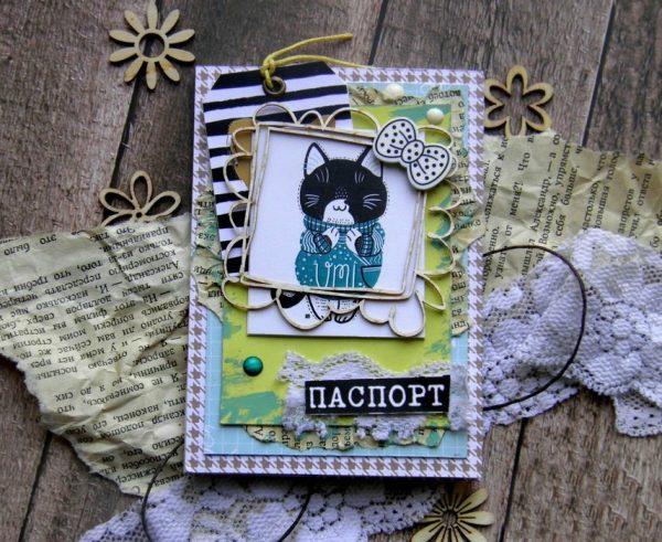 Обложка на паспорт в технике скрапбукинг