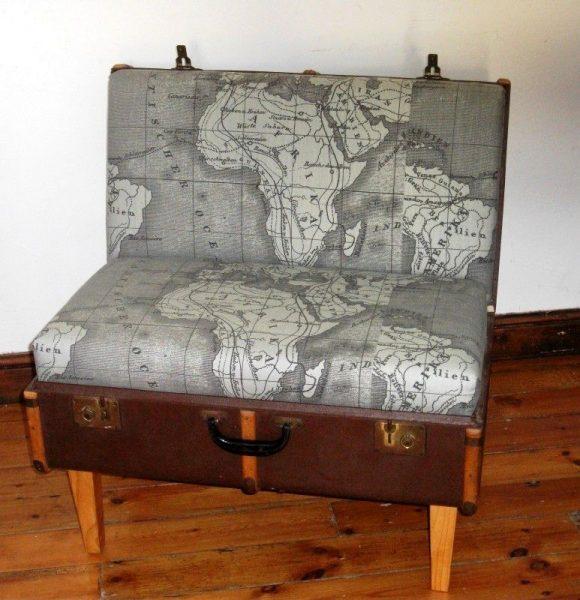 Стул из старого чемодана