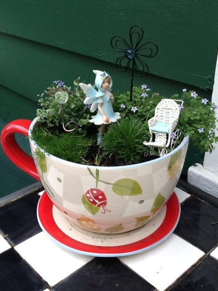 Сад для феи в кружке