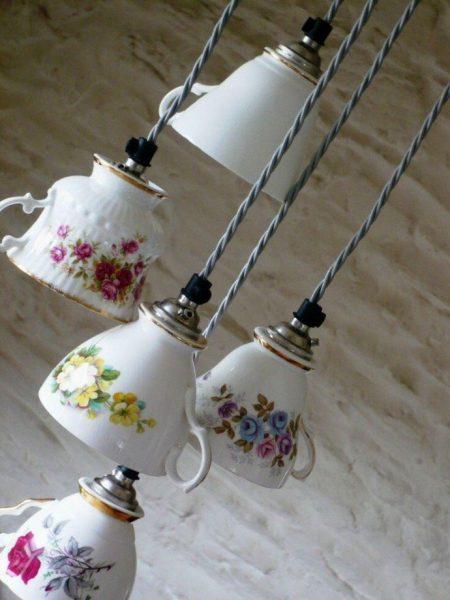 Светильник из чашечек