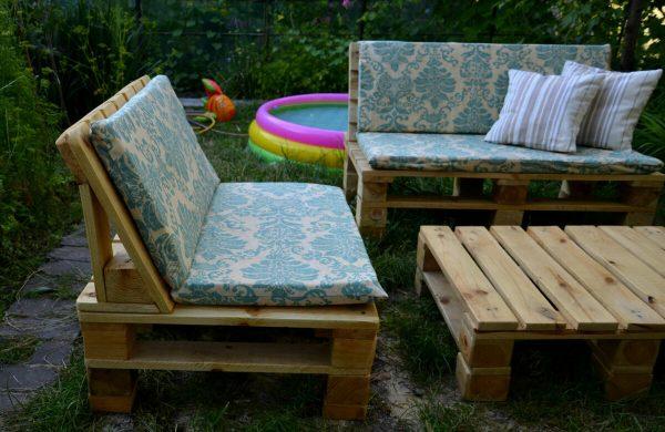 Мягкие диванчики