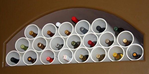 Система хранения вина из ПВХ труб