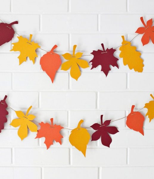 Бумажные листья