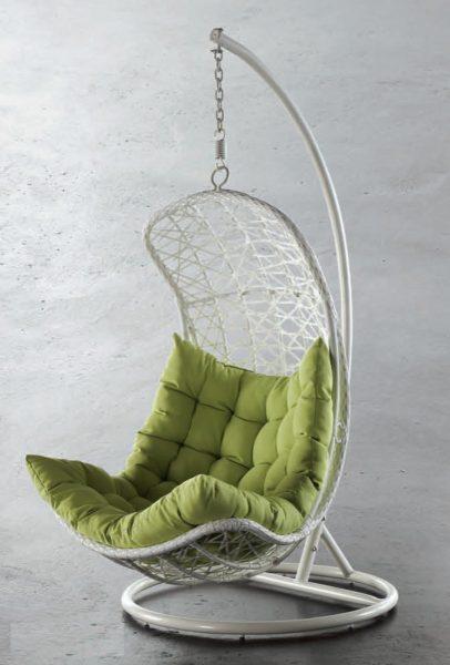 Вытянутое кресло